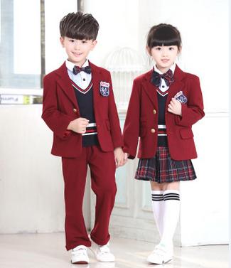 女式校服手绘设计